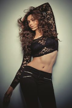 Hot and Sexy deepika padukone pictures ( share here) - NetDost.com