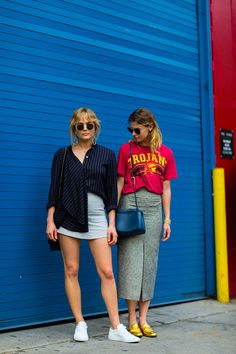 More of the Best Street-Style Looks From New York Fashion Week Nyfw Street Style, Street Style Summer, Cool Street Fashion, Look Fashion, Street Wear, Fashion Outfits, Fashion Trends, Japan Fashion, Mode Hipster