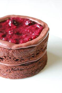 strawberry pomegranate chocolate cake