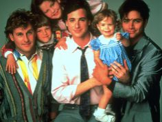 Left to right Joey Gladstone , Stephanie tanner ,Dj tanner,Danny tanner ,Michelle tanner an uncle Jesse Best 80s Tv Shows, 80 Tv Shows, Favorite Tv Shows, Movies And Tv Shows, Favorite Things, Full House Tv Show, Michelle Tanner, Uncle Jesse, Paisley