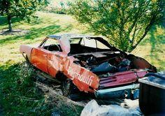 Cars in Barns 159 Dodge Charger Daytona, Dodge Daytona, Junkyard Cars, Plymouth Superbird, Car Barn, Abandoned Cars, Lost Soul, Car Crash, Barn Finds