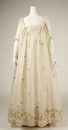 Dress late 1790, American or European, cotton. Length at CB: 48 1/2 in. (123.2 cm)