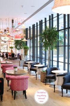 hotel restaurant the light fixtures are lovely - Inside The Colourful Ham Yard Hotel, London Luxury Restaurant, Restaurant Interior Design, Commercial Interior Design, Cafe Interior, Best Interior Design, Modern Interior, Design Hotel, Deco Cafe, R Cafe