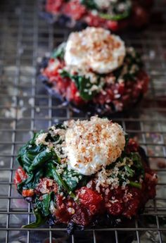 Stuffed Portobello Mushrooms topped with marinara sauce, sautéed spinach, and crispy goat cheese. A delicious and EASY vegetarian main course! Healthy Dinner Recipes, Vegetarian Recipes, Cooking Recipes, Grill Recipes, Fish Recipes, Pasta Recipes, Soup Recipes, Breakfast Recipes, Vegetarian Main Course