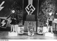 Hitler Youth, 1933