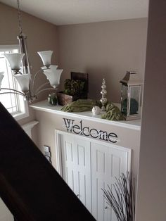 i posted this mainly bc of the huge ledge i have in my living room that i dont know what to do with. lol - Home Projects We Love High Shelf Decorating, Plant Ledge Decorating, Foyer Decorating, Decorating Ideas, Decor Ideas, Interior Decorating, Room Ideas, Interior Design, My Living Room