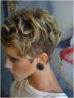 Short Curly Shaved Hairstyles For Women 21 Lively Short Haircuts For Curly Hair Styles Weekly image source : stylesweekly.com