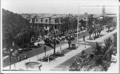 Paseo Colon, 1930s   (ver detalle de escultura no existente actualmente)
