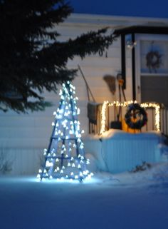 Decorate for Christmas with an Obelisk. Made by the Classicgarden.ca