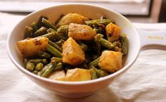 Aloo beans subzi recipe .. a healthy and tasty stir-fry vegetable made french beans, potatoes and spices.. #sidedishforrotis  #northindian #vegetarianrecipes  http://charuscuisine.com/aloo-beans-stir-fry-recipe-how-to-make-punjabi-aloo-beans-sabzi-recipe-side-dish-for-rotis/