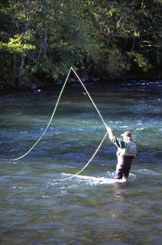 Fly Fishing the Rogue River, Photo Credit: Southern Oregon Visitors Association