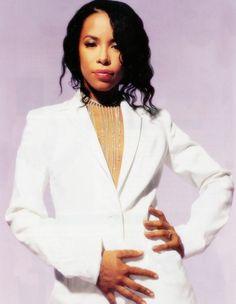 The Highest The Most Exalted One The Best - Aaliyah Photo - Fanpop Rip Aaliyah, Aaliyah Style, Aaliyah Pictures, Aaliyah Haughton, Best Love Songs, Feminine Mystique, Celebs, Celebrities, Black Is Beautiful