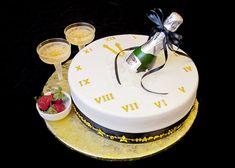 New Year Cake 1024x731