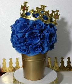 Baby Shower Centerpieces For Boys Prince Birthday Parties Ideas For 2019 Baby Shower Table Centerpieces, Baby Shower Decorations For Boys, Boy Baby Shower Themes, Baby Shower Parties, Baby Boy Shower, Centerpiece Decorations, Shower Party, Baptism Centerpieces, Baby Shower Cakes