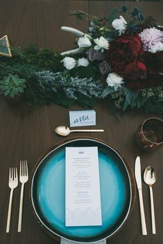 modern place setting - photo by LV Imagery http://ruffledblog.com/nordic-inspired-woodland-wedding
