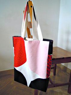 borsa ampia con stampa retro