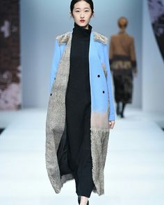 LIANVIS China Fashion Week #ConGuantesySombrero   #fashion #look #collection #designers #runaway #instagood