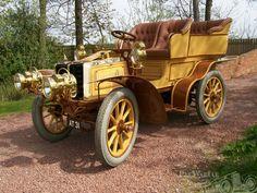 1902 Panhard et Levassor 2Ohp 4 Litre Rear Entrance Tonneau  - ( Panhard et Levassor, Paris, France 1891-1967)
