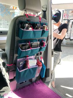 COLORFUL VANDWELLING In city scapes or at the countryside – The RYGG will meet your needs while on the road with your precious camper van or mini camper. Organize your van life with our variable and unique organizer RYGG. Handmade from Munich. Mini Camper, Bus Camper, Iveco Daily Camper, Camper Van Life, Volkswagen Bus, Renault Kangoo Camper, Rideaux Camping-car, Campervan Hacks, Caravan Hacks