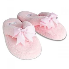 Bella il Fiore Spa Slippers Step into these ultrasoft poly plush slippers that feature memory foam soles for personal comfort and satin bows for personal style. women's sizes. Spa Slippers, Bunny Slippers, Cute Slippers, Mommy Workout, Pink Flamingos, Womens Slippers, Valentine Day Gifts, Valentines, Slippers