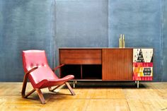 Nelson Walnut Thin Edge Hi-Fi Cabinet : 20th Century Vintage Furnishings & Design