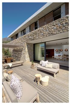 Contemporary residence Hillside House designed by GASS Architecture located in Stellenbosch, Western Cape, South Africa. New House Plans, Dream House Plans, Architecture Design, Hillside House, Building A Porch, Modern Architects, House With Porch, House Entrance, Stone Houses