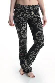 Baroque Print Yoga Pants  Printed pants by T-Party, made in the USA.  Fold over style waistband yoga pants  #baroque #yogapants #tparty #fitness #workout #black #fancy #usa