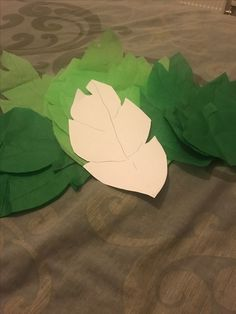 DIY leaves for kids lion guard themed party decor