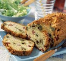 Recette - Cake aux olives et aux lardons sans gluten - Notée 4.2/5 par les internautes
