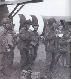 Paratroopers drinking tea and eating sandwiches in the hours before takeoff. WWII.