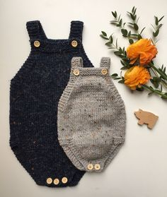 Lillebrors Romper (modify vintage romper with bottom buttons) Knitting For Kids, Knitting Projects, Baby Knitting, Baby Barn, Rompers For Kids, Knitted Romper, Baby Hands, Crochet Baby Clothes, Baby Boy Outfits