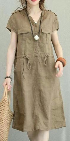 Elegant khaki linen dress oversize V neck tie waist linen clothing dresses New pockets dressMost of our dresses are made of cotton linen fabric, soft and breathy. loose dresses to make you comfortable all the time. Mode Outfits, Dress Outfits, Women's Fashion Dresses, Casual Dresses, Casual Outfits, Summer Dresses, Casual Clothes, Ball Dresses, Linen Dresses