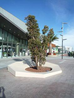 Public bench / design / concrete OTTO ® by Ana Mir + Emili Padrós - Emiliana Design Escofet