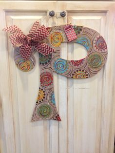 Wood+Monogram+Door+Hanger+by+ASouthernCreation+on+Etsy,+$45.00