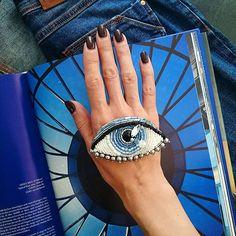 Небесный глаз ☁ Окалдует Стоимость броши 1450 рублей