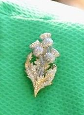 Three Thistle Brooch.  https://www.facebook.com/photo.php?fbid=1466307870312949&set=oa.283553501812446&type=3&theater https://www.facebook.com/groups/260713314096465/