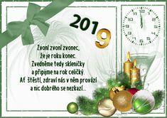 Winter Christmas, Christmas Bulbs, Merry Christmas, Christmas Pictures, Holiday Decor, New Years Eve, Merry Little Christmas, Xmas Pics, Christmas Light Bulbs