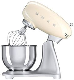 Amazon.com: Smeg 5-Quart Stand Mixer-Red: Kitchen & Dining