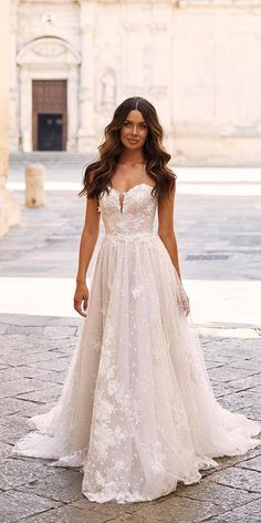 10 Wedding Dress Designers You Want To Know About ❤  wedding dress designers a line sweetheart strapless neckline madi lane #weddingforward #wedding #bride