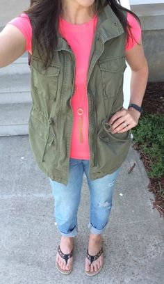 What I Wore Real Mom Style: Green Utility Vest #RealMomStyle - momma in flip flops