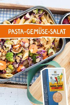Würzen statt salzen, lautet die Devise! Mit unserer feinen Adios Salz Würzmischung, könnt ihr euren Salzkonsum ganz einfach und ohne Geschmacksverlust reduzieren! Probiert es aus, mit diesem köstlichen Nudelsalat! #pasta #pastasalat #nudelsalat #adiossalz #sonnentor #vegan #foodtogo #togo #rezeptidee #rezept #gewürz #salzarm Tasty, Yummy Food, Dressings, Oreo, Cantaloupe, Salad Recipes, Benefit, Sweet Home, Low Carb