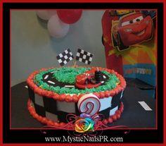 Cars cake #Boys #party ~ #cars #cake { #bizcocho #tortas #pastel para #varones }