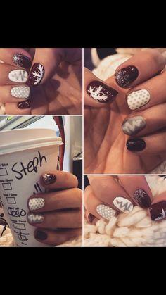 Christmas nails! #nailart #gelish #christmasnails #glitterfade
