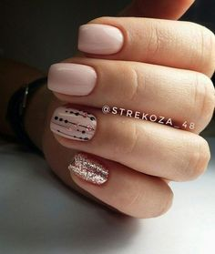 Opting for bright colours or intricate nail art isn't a must anymore. This year, nude nail designs are becoming a trend. Here are some nude nail designs. Perfect Nails, Gorgeous Nails, Pretty Nails, Nude Nails, Nail Manicure, Nail Art Cute, Hair And Nails, My Nails, Diy Beauty Nails