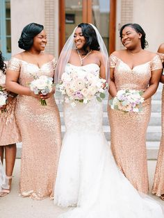 Wedding Themes Glitter Bridesmaid Dresses Ideas For 2019 Wedding Pics, Wedding Themes, Chic Wedding, Trendy Wedding, Wedding Ideas, Dream Wedding, Glitter Bridesmaid Dresses, Bridesmaid Duties, Bridesmaids
