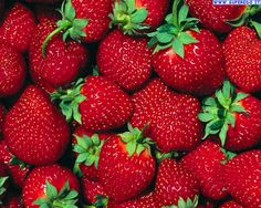 250g de fresas frescas. Nosotras las necesitamos para tener la salsa de fresas.