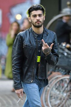 NOT the boy next door! ZAYN keeping up to his bad boy image. Follow rickysturn/ZAYN-malik