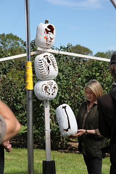 Michael also gives a how-to on the construction of his scarecrows.