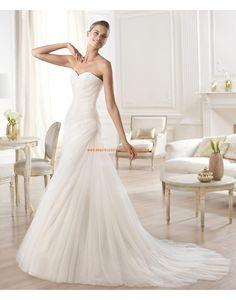 A-linie Glamouröse Schöne Brautkleider aus Tüll mit Schleppe