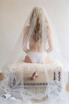Wonderful Weddings: Wedding boudoir shots 14 / www.deerpearlflow...